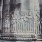 Cambodge - Siem Rep - Angkor - Angkor Vat - Bas relief - Femmes et offrandes