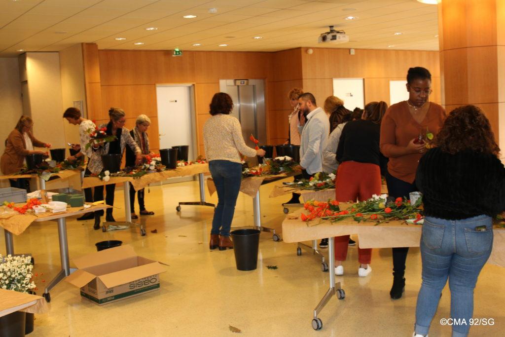 Participants à l'atelier floral de Pascale Vrignaud